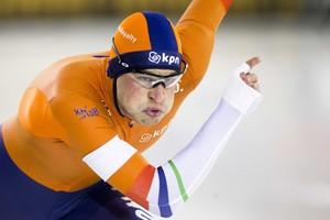 Sven Kramer in actie in Heerenveen © ANP